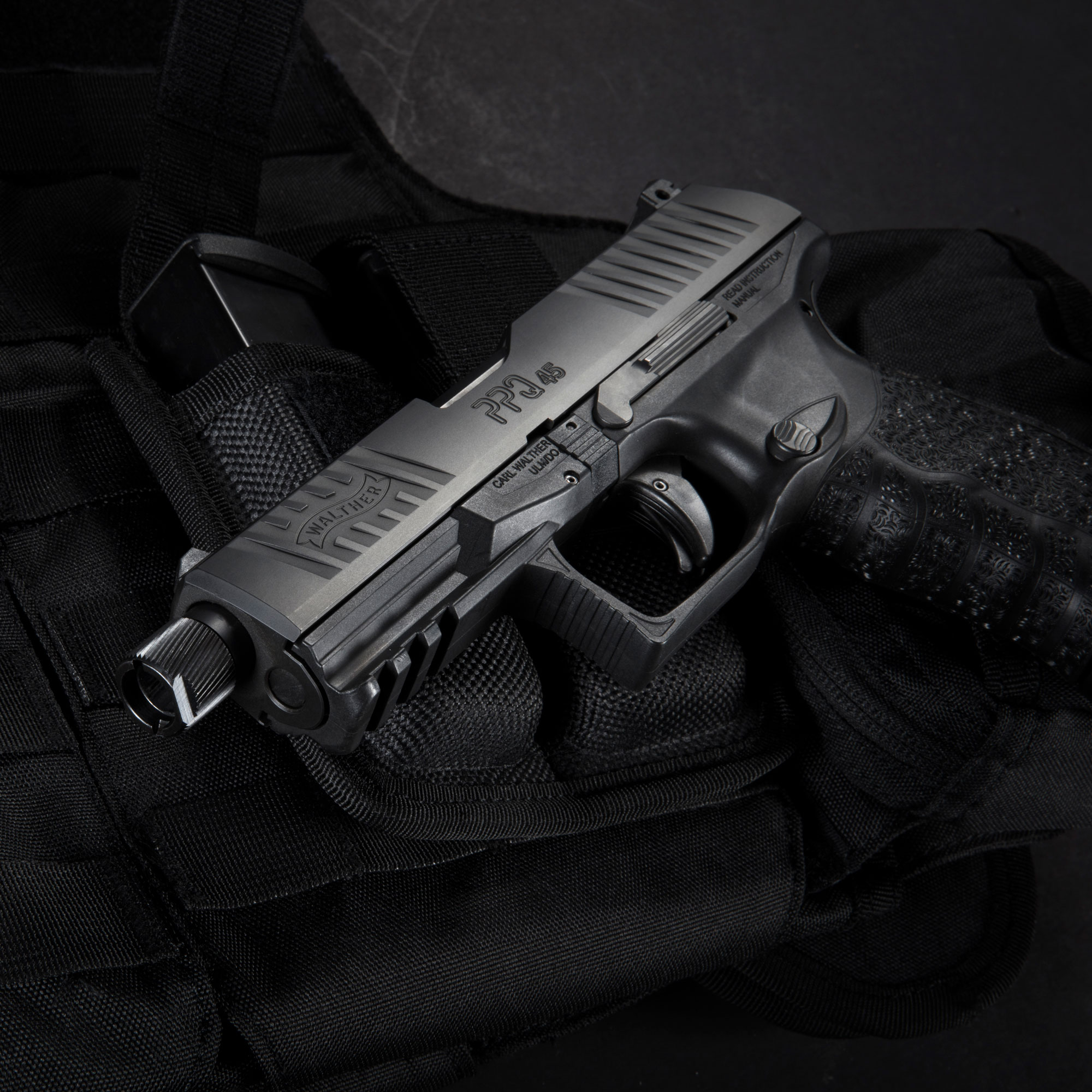 Walther Professional Security Contractor